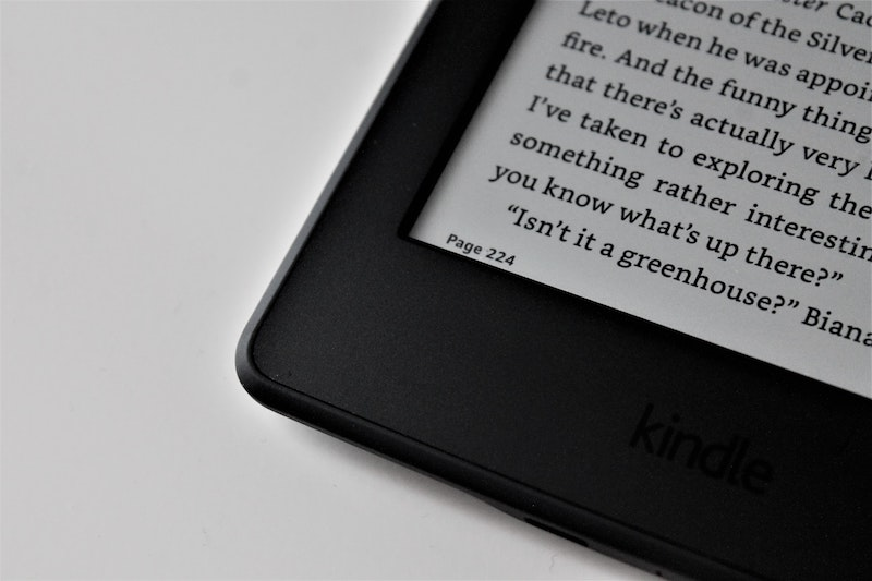Expanding your knowledge with the Kindle or Apple Books App